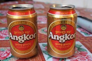 (ひとこと写真) カンボジアでビールを購入したら、必ずチェックして欲しい事。